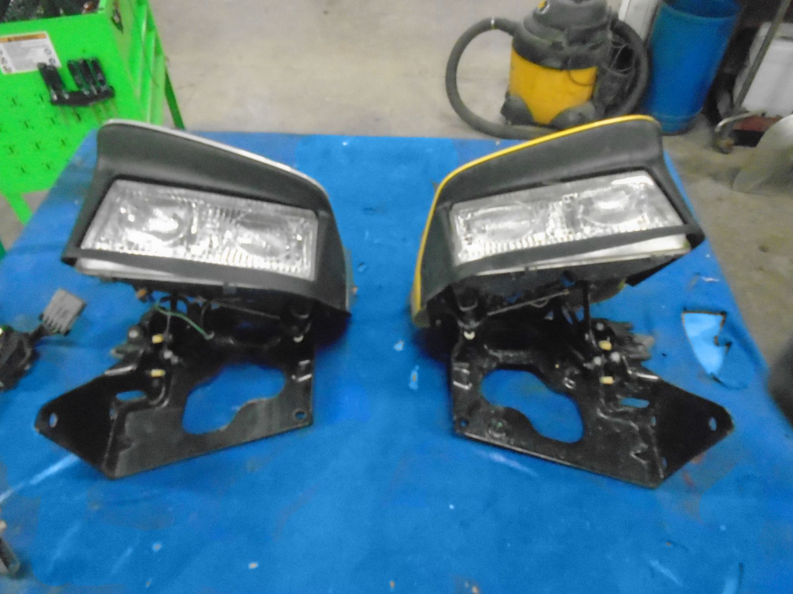 Cleveland Power And Performance >> 97-04 Chevrolet C5 Corvette Headlight Motor Difference ...