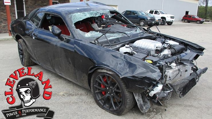 wrecked 2016 challenger hellcat ENGINE