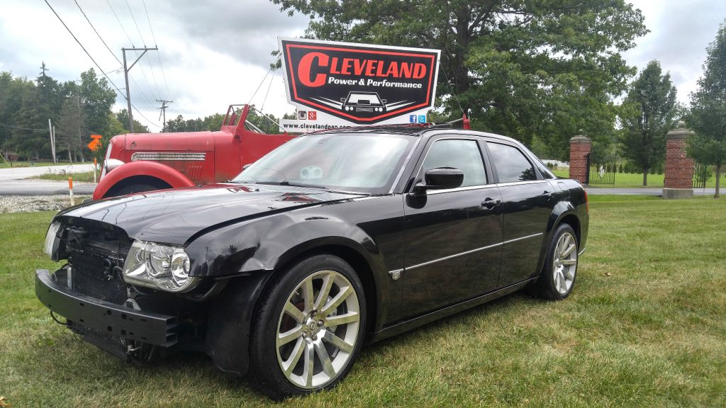 rebuildable 2006 chrysler 300c srt8 168k 6 1l hemi 425hp. Black Bedroom Furniture Sets. Home Design Ideas